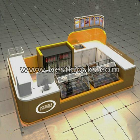 Waffle pizza kiosk for food display