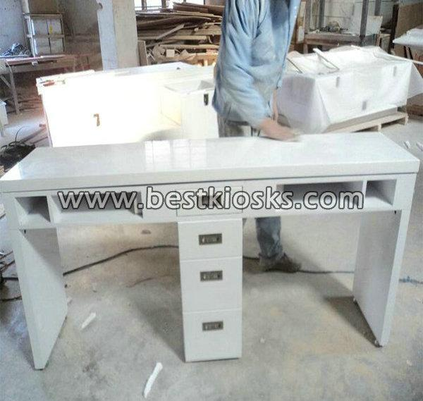 Factory sale nail desk nail table for manicure